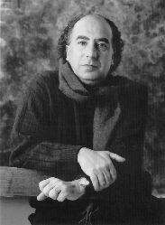 El mundo del poeta Angel Guinda